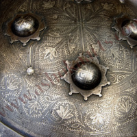 Large Indian Madu Parrying shield with spiked horns and silver damascened buckler