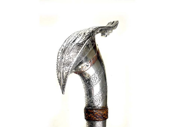 Silver Mounted Moro Barong chopper or Knife with Chiselled pommel