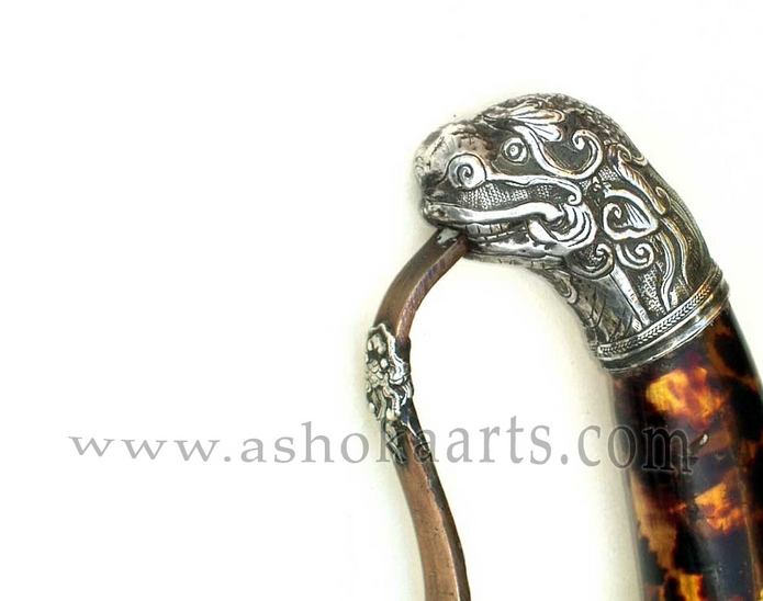 Fine Vietnamese Kiem sword with silver and tortoiseshell mounts 19th century