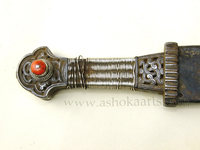 18th/19th century Tibetan shortsword or Dirk dagger | fine oriental arms and armour swords and weapons from ashoka arts